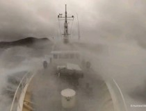 Stormy seas for the Three Kings expedition team